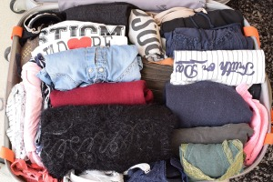 Rangement de valise : Vêtements roulés